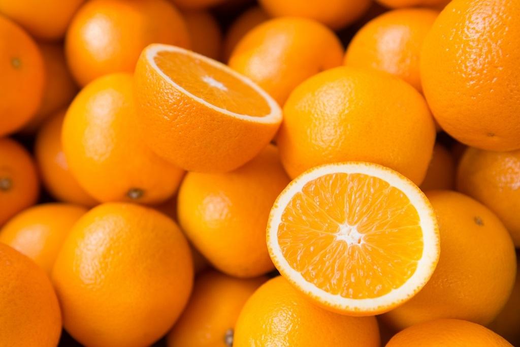 ORANGE- a fruit rich in nutrients